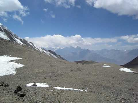Thorung La pass – 5416 meters, Annapurna circuit, Nepal, Himalayas, March 2010