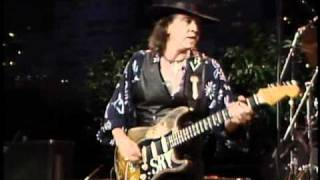 Stevie Ray Vaughan - Look at Little Sister