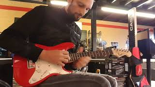 Squier mini strat stupid shredding