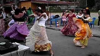 almoço dançante - dança cigana