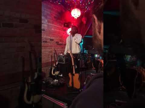 Download thumbnail for Shayne Amani performing