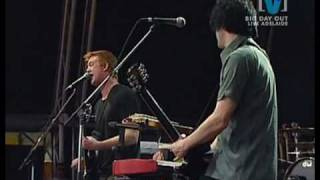 02 Queens Of The Stone Age - Go With The Flow (Live From BDO 2003)