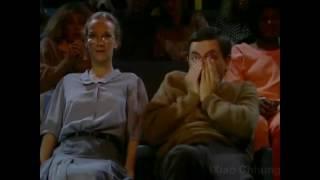 Mr Bean တစ္ေယာက္ Conjuring 2 ၾကည့္တဲ့အခါ  :D
