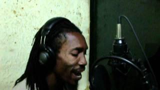 Iyah Shines - Live Good