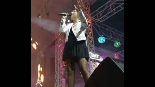 Andra live Without you (în concert)