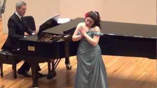 Maria Leticia Hernandez (soprano) - Te quiero, dijiste (Muñequita Linda) composer Maria Grever.