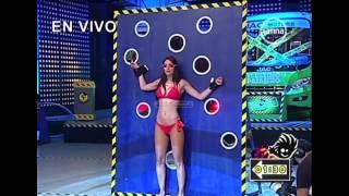 Karen Schwarz en bikini Reto de Azafatas - El Ultimo Pasajero