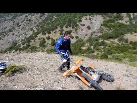 Enduro Redwine climbing in Crimea