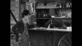 Charlie Chaplin as Clever thief