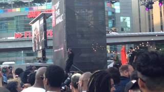 Ty Dolla $ign, She Twerk, live At Dundas Square Downtown Toronto Canada