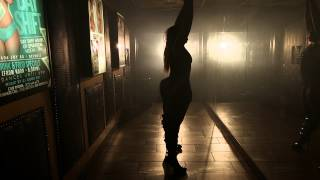 Young Gator Presents Look At Dat Azz On Her (Official Video)