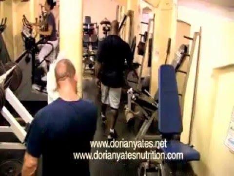 Дориан Ятс тренирует Криса Кормье