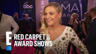 Kelsea Ballerini Shares Wedding Update at 2017 CMAs | E! Live from the Red Carpet
