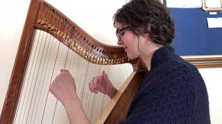 Wi' a Hundred Pipers, Betty Paret's First Harp Book