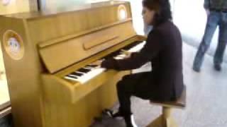 Elly- piano Titanic