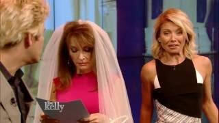 """Susan Lucci and Kelly Ripa Reprise """"All My Children"""" Roles on """"LIVE"""""""