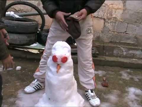 Abderezak, Mohamed et le bonhomme de neige