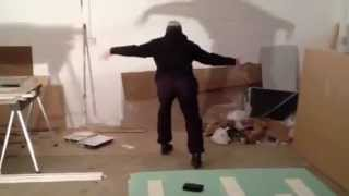 Funny builder dancing Nneka - Shining Star