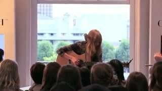 Lucy Rose Middle Of The Bed Live Session