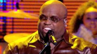 Cee Lo Green - Bright Lights Bigger City (Live Paris 09/12/2010)