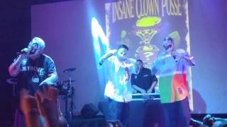 "Insane Clown Posse - ""Play With Me"" live"