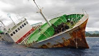 Flic-en-Flac : dans 12 minutes ce navire va couler