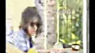 Extraño Ser -Suéter & Andrés Calamaro-