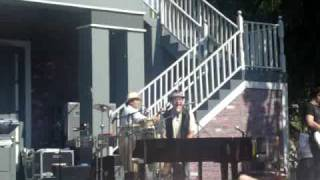 Alex Syntek - Intocable live at Knotts Berry Farm
