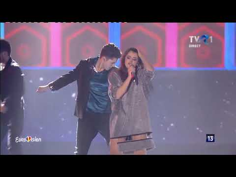 Alexia & Matei - Walking on water | Finala Eurovision România 2018