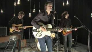 MTV Brand: New - Samuel Úria (Live) - Não Arrastes O Meu Caixão