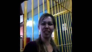 Ensinando a cantar Lorena Simpson