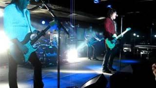 Cinderella - Gypsy Road - Live - 2011