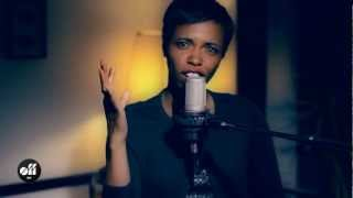"OFF SESSION - Kellylee Evans ""My Name Is"""
