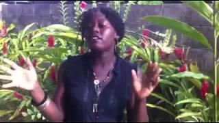 AFRICAN QUEEN - AKON