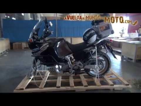 La vuelta al mundo en moto.com: El primer vuelo de Sirius