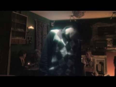 Dead Sound En Espanol de The Raveonettes Letra y Video