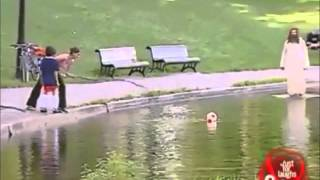 [Just For Laughs] Pegadinha - Jesus caminha sobre as águas