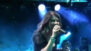 16 Cristina D'Avena - Il mistero della pietra azzurra (Live @ Estragon - BO)