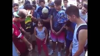 Niña de 8 años haciendo freestyle
