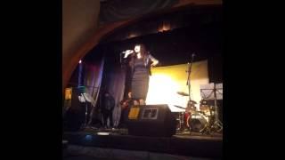 ROMINA PUGLIESE/ EL MUNDO NECESITA AMOR/ (Adriana Camaño)