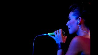 Timi Kullai - Work It Out (Live At Music Hall)