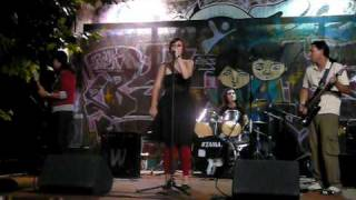 El Tren de la Discordia live Gloria(Patti Smith cover) Vigo
