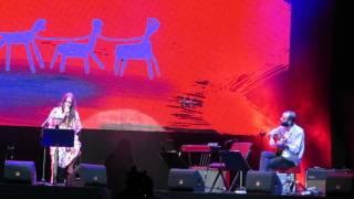 GISELA JOÃO (Voz e Guitarra)@Terreiro do Paço (Os Vampiros) 3-7-2015 MVI 4001