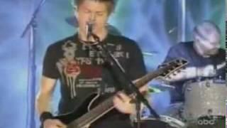 Crossfade - Cold (Live On Kimmel) - 2004