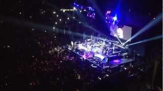 Romeo Santos ft Anel Rojas - Se Muera 3.22.2013 Prudential Center Live
