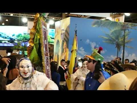 Fitur 2012 Carnaval en stand de Ecuador
