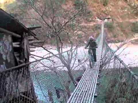 Nepal's Border to China To Kathmandu.flv