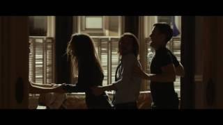 """L'ESTATE ADDOSSO - Scena del film """"Nuova Maria"""""""