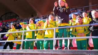 Ilves P07-juniorit kannustamassa edustusjoukkuetta