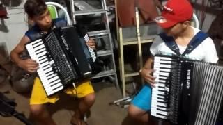 Elthon do acordeom e Ruan do acordeon forró pegado